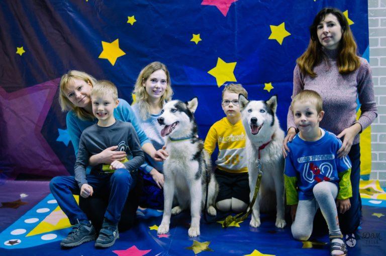 Хаски на детских праздниках. Аренда собак для мероприятий.